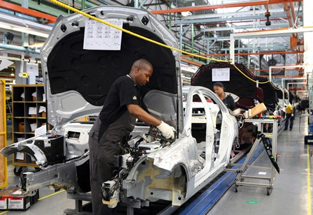South africa 39 s labour laws halt benz expansion project for Mercedes benz manufacturing