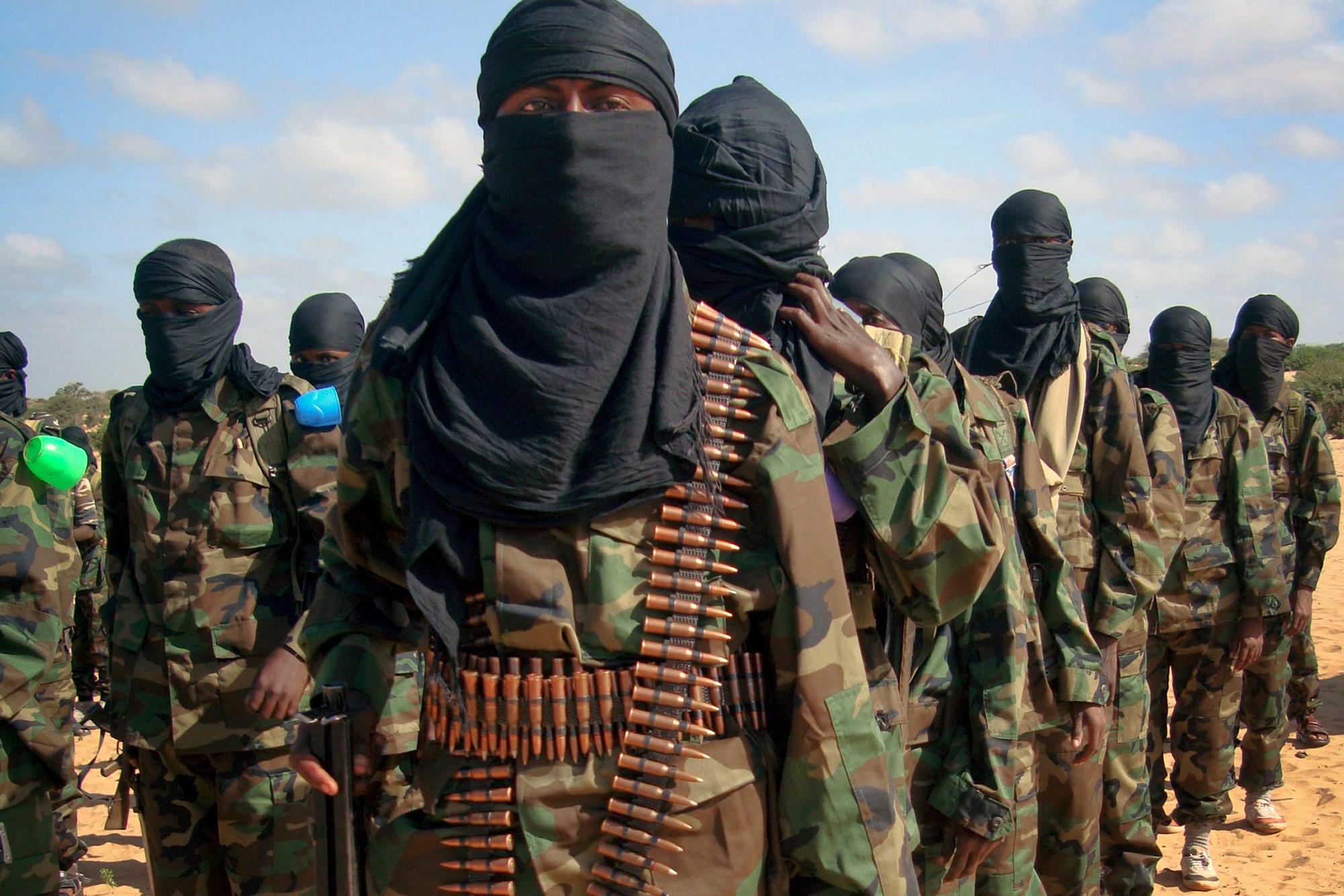 Террористы трахнули заложников 12 фотография