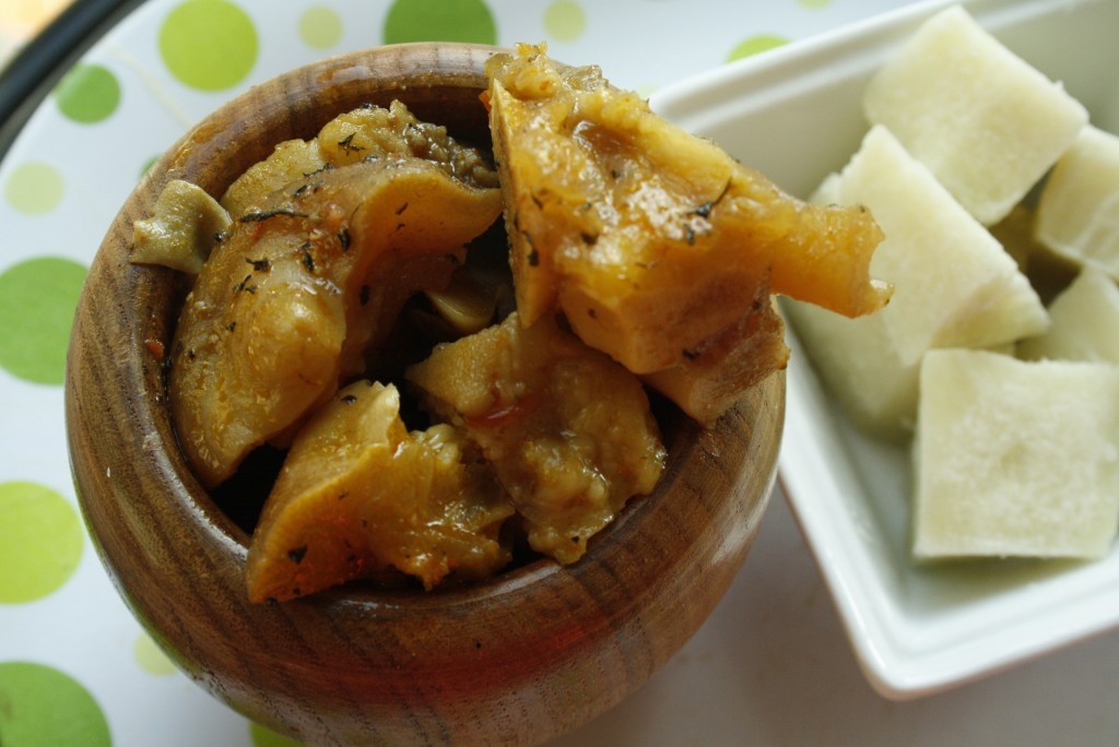 Boiled yam and nkwobi - Afrolems
