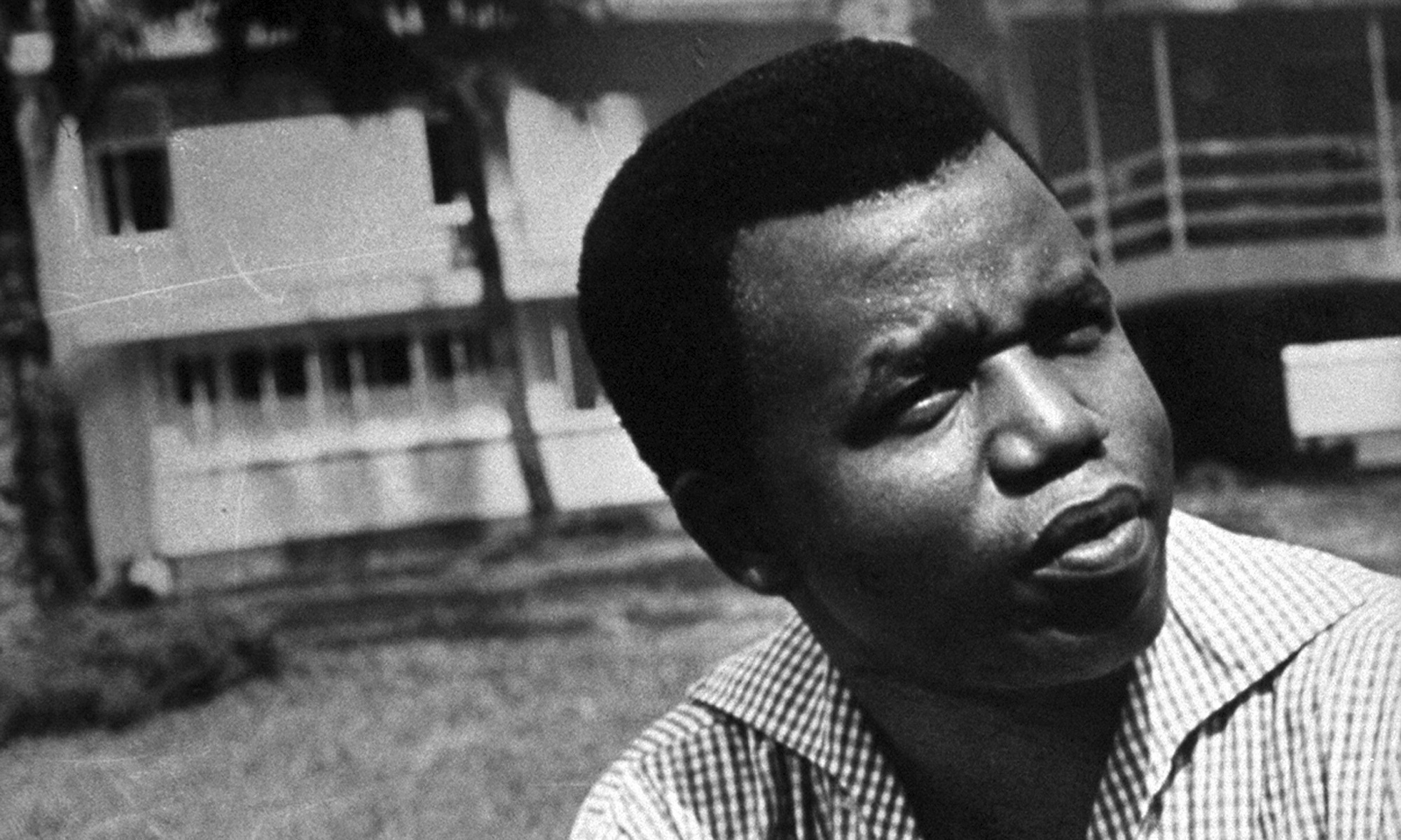 Chinua achebe an image of africa essay