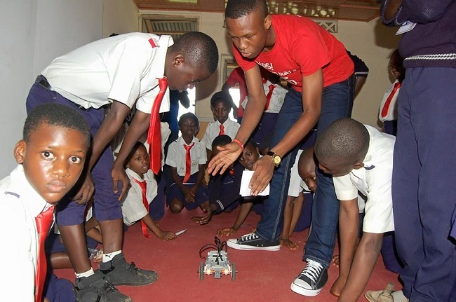 A demonstration with secondary school students and an ACI instructor Credit - ACI Facebook