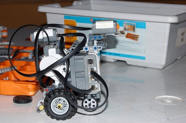 Robot built by students using a LEGO set Credit - ACI Facebook