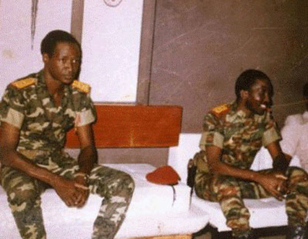 Blaise Compaore (L) and Thomas Sankara