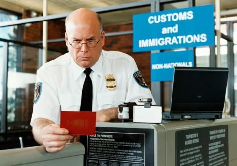 immigration-officer