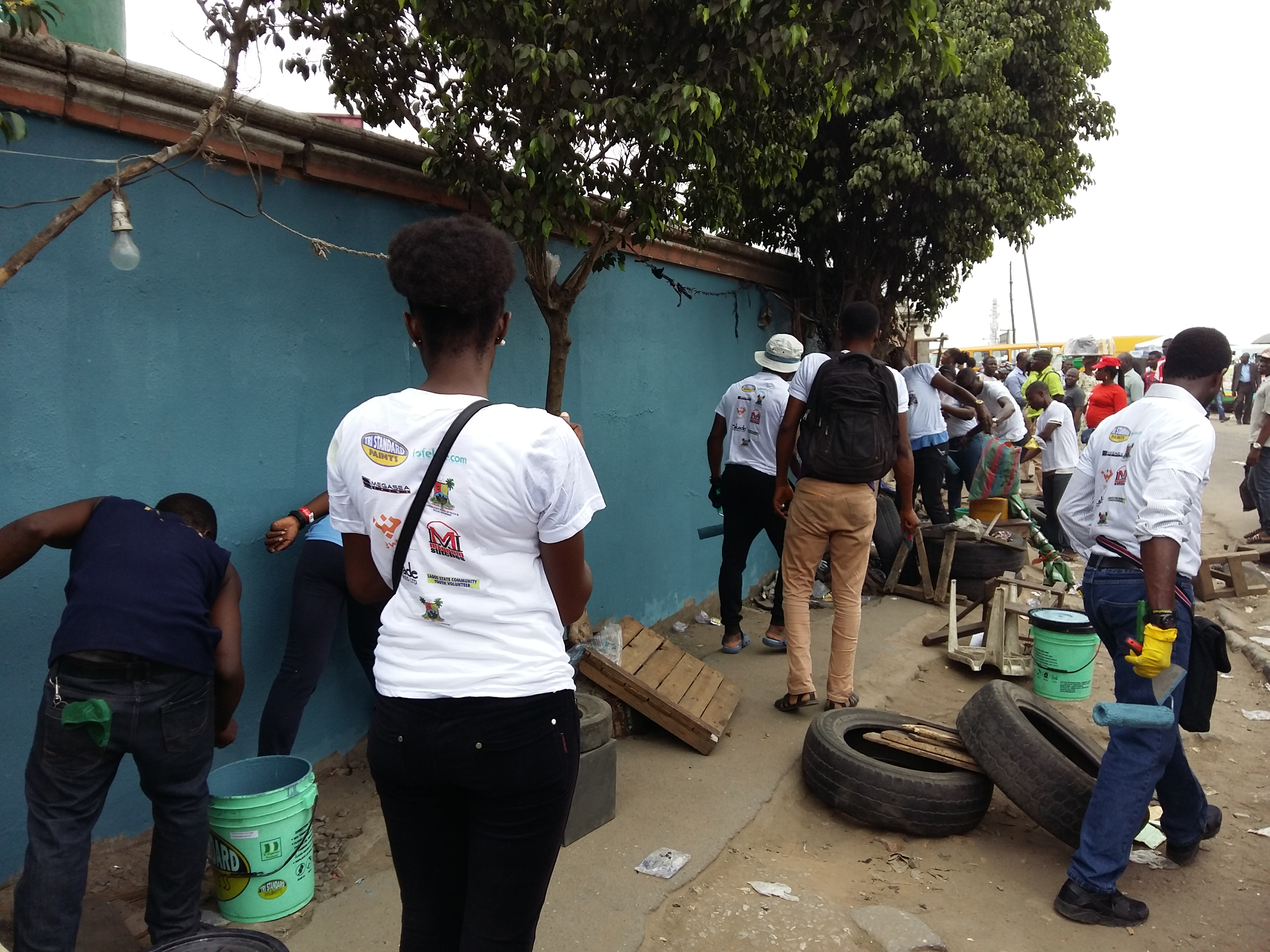 Volunteers at the Paint the City - Oshodi community project.