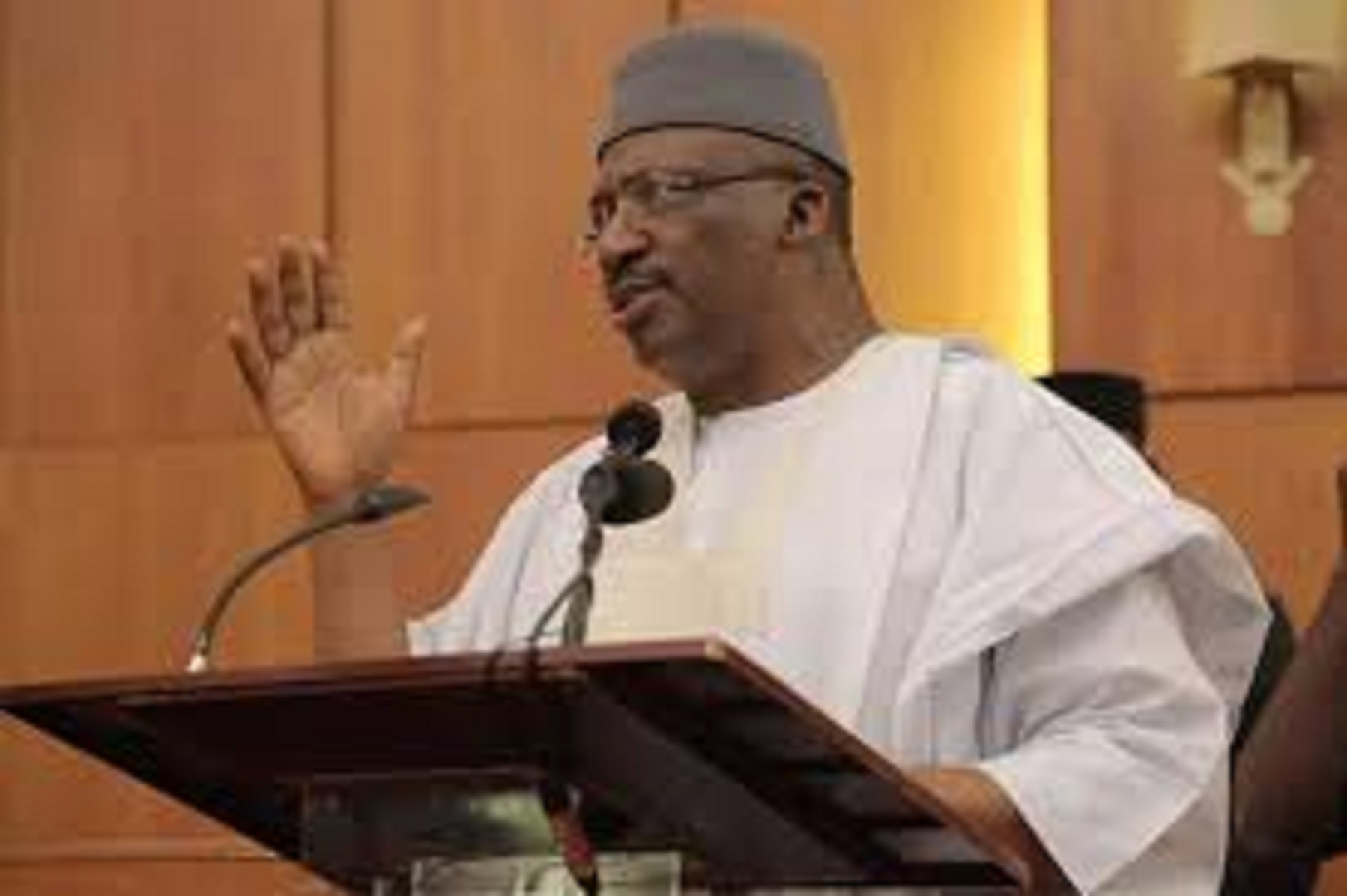 Federal Government grants 335 foreigners Nigerian citizenship